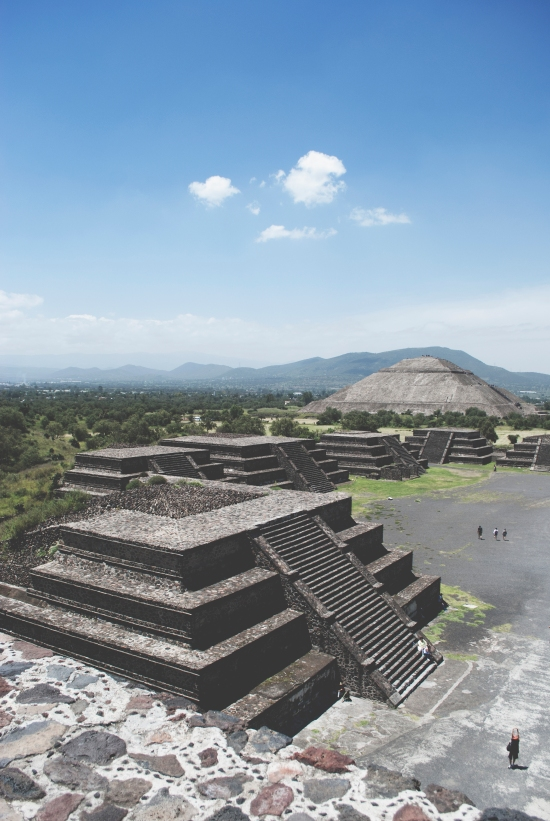 Why you shouldn't miss Teotihuacan when visiting Mexico City - Maya temples close to the Mexican capital | https://roosendansontour.com/